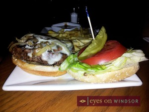 Sandy's Select Sirloin Burger