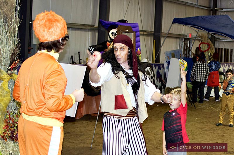 Paul Reaume performing a magic show as Pirate Paul during the annual WETRA Halloween Spooktakular on the Farm event