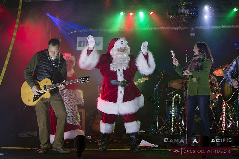 Santa takes the stage with Kelly Prescott on the CP Holiday Train.