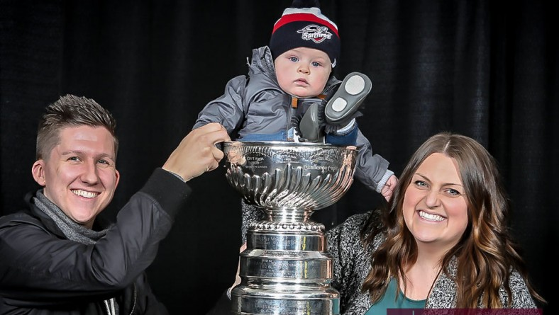 Windsor Spitfires Fans Enjoy Photos With The Stanley Cup