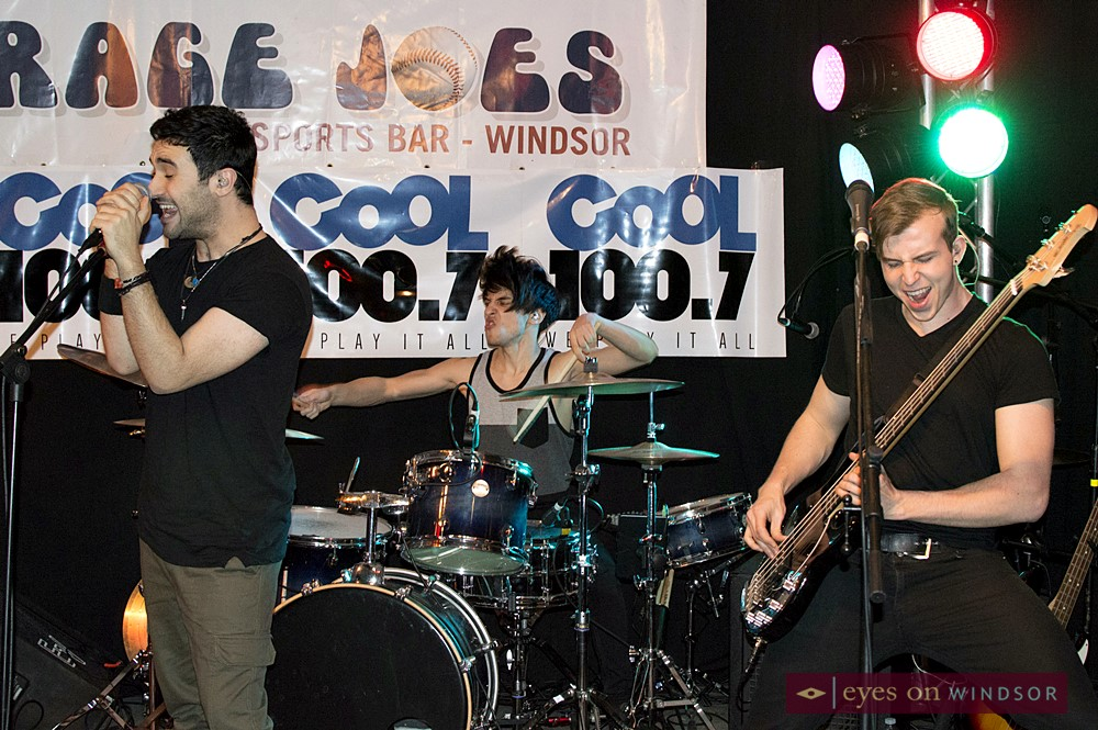 Autumn Kings performing at Average Joe's Sports Bar during Rock For Dimes Windsor.