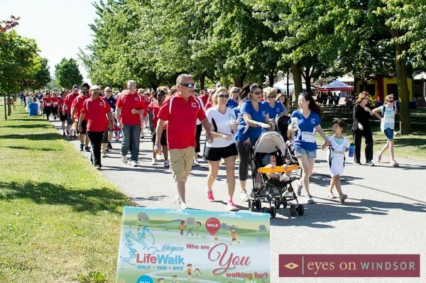 People Walking During The Hospice of Windsor and Essex County Hospice LifeWalk