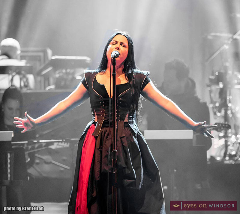 Amy Lee Performing During Evanescence Show At Caesars Windsor.