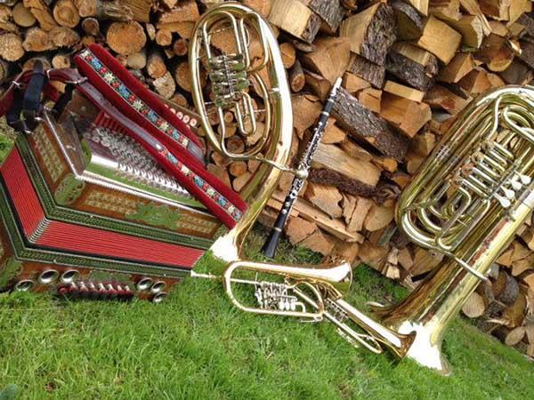 Volksmusik Folk Music Seminar Hosted by Bavarian Club of Windsor