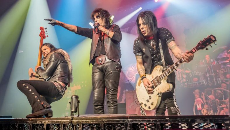 Photos: Alice Cooper Paranormal Tour Kick Off Electrifies Windsor Fans Inside The Colosseum
