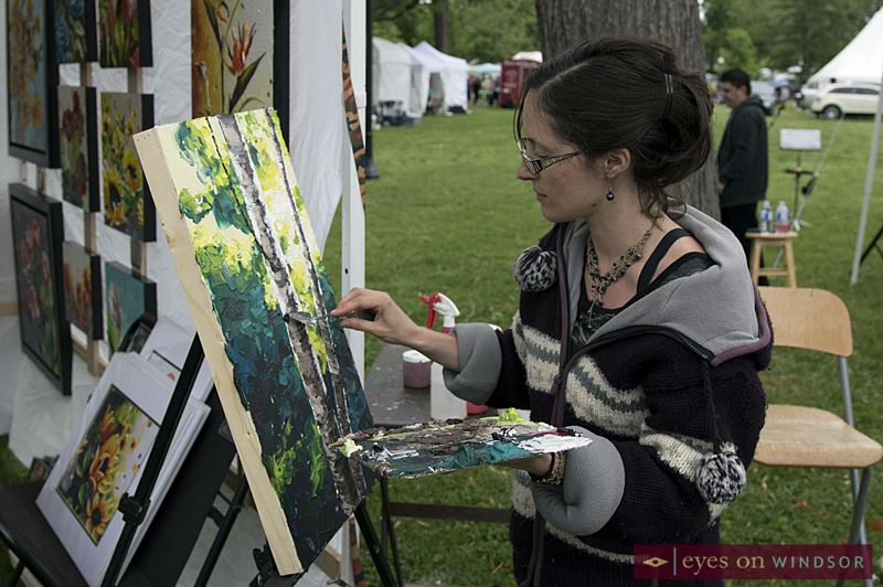 Impasto artist Tiffany Horrocks at Art In The Park Windsor