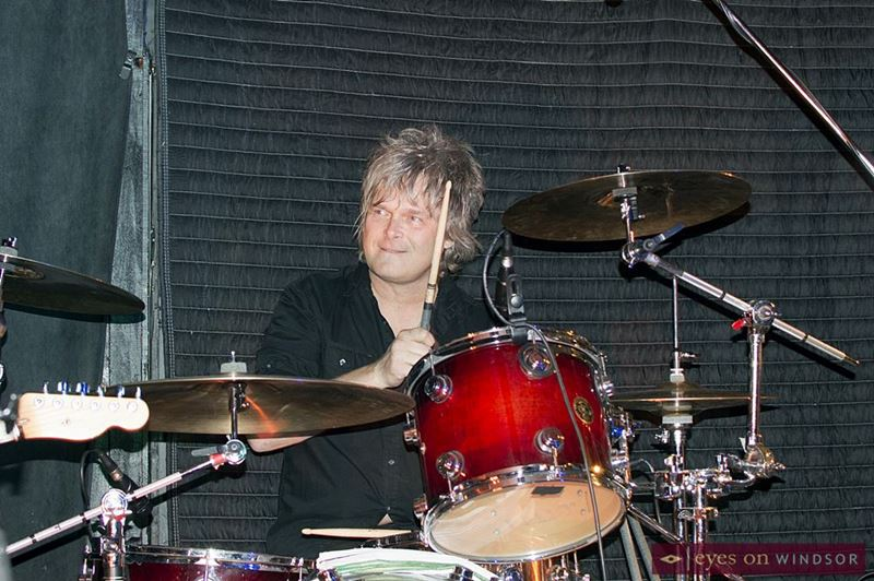 Jeff Burrows drumming at Good Time Charly