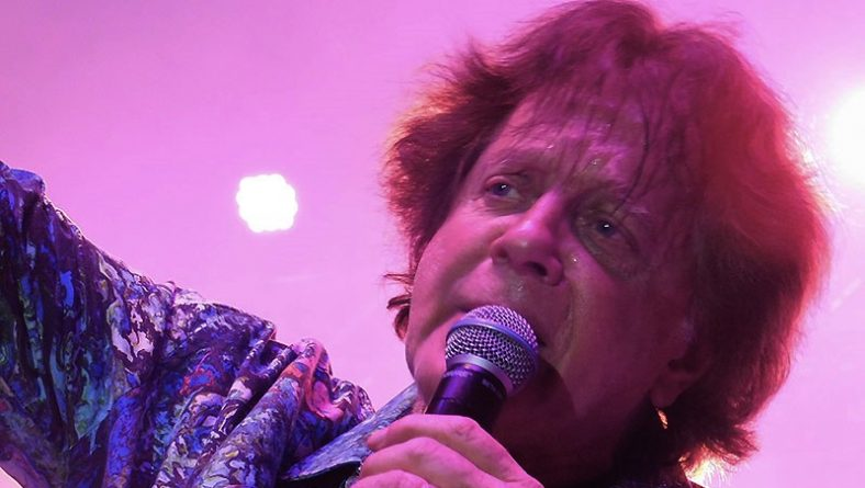 Eddie Money Enchants Bluesfest Windsor Audience With Energetic Performance