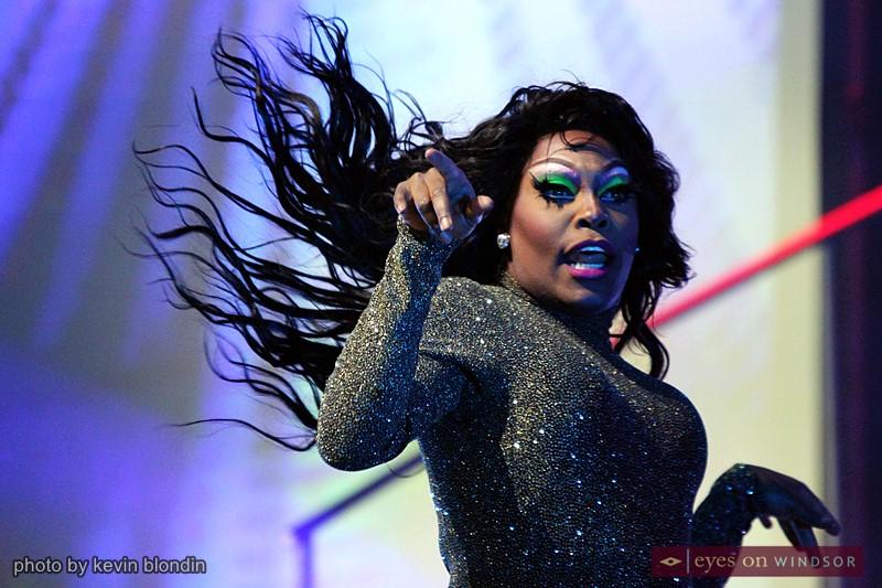Drag Queen Asia O'Hara