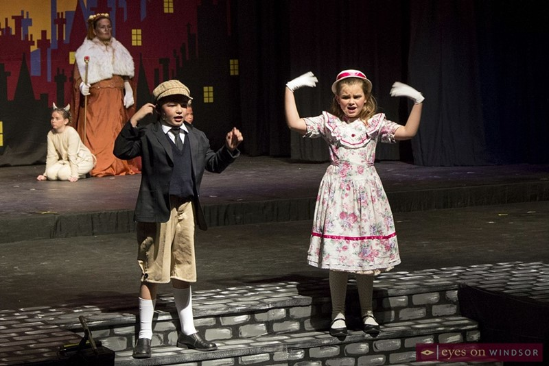 Michael and Jane Banks singing in the production of Mary Poppins Jr.