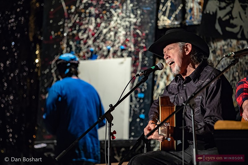 Country Music Hall of Famer, Brian Good performing while award winning artist Paul Murray speed paints