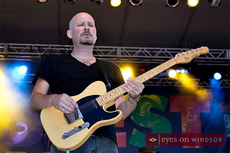 Scott Holt performing at Bluesfest Windsor