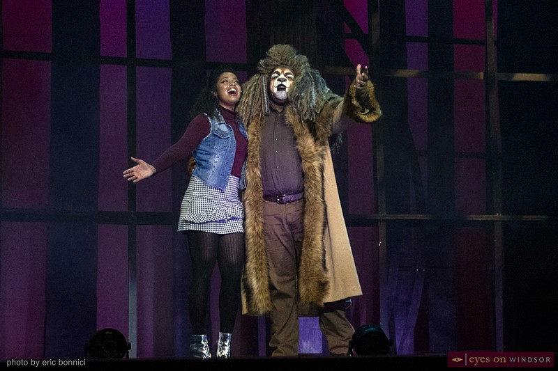 Dorothy (Rochelle Day) and the Cowardly Lion (Michael Rice)