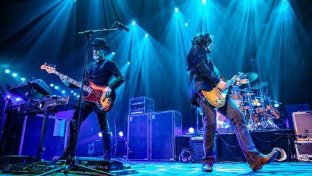 Hometown Tea Party Concert Went Way Way Down On Black River Tour