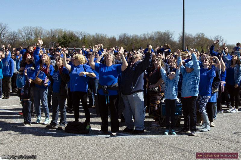 World's Largest Human Puzzle Piece For Autism Awareness