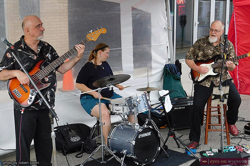 The Phil Kane Trio performing at Walkerville Art Walk