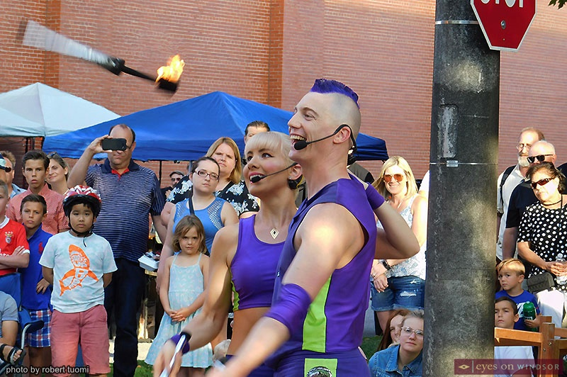 Zap Circus performing at Busk On The Block