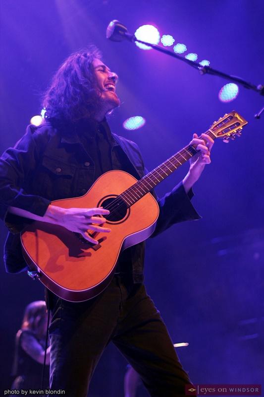Hozier performing at Caesars Windsor