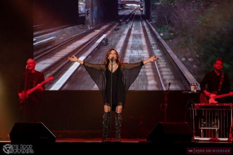 Martina McBride Brings Caesars Windsor Crowd A Case of the Feel Goods