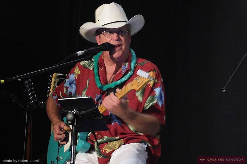 Guitarist Stephen Miller