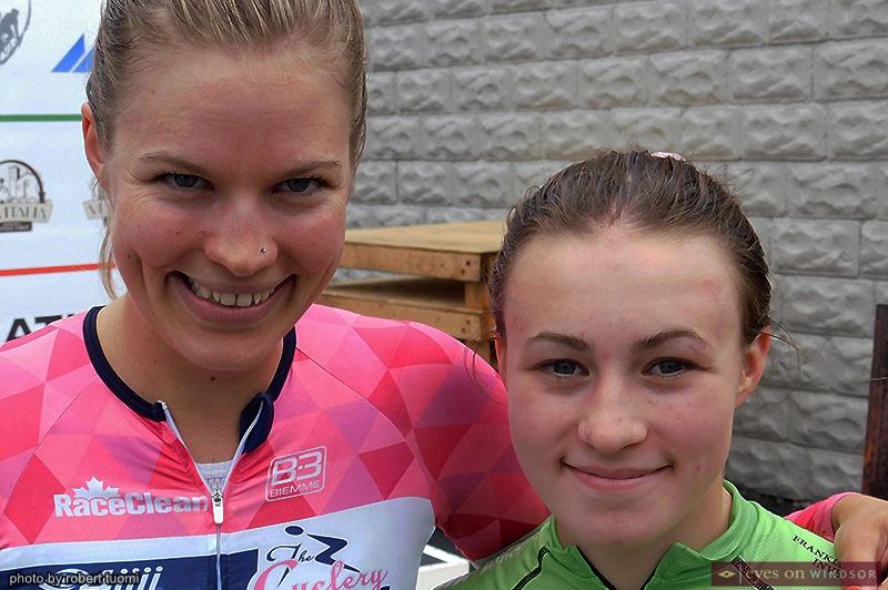 Miriam Brouwer and Nicole Bradbury, Tour di Via Italia women racers