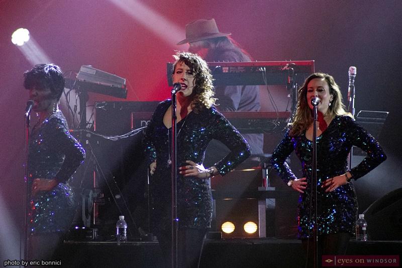 Australian Pink Floyd backup vocalists Lorelei McBroom, Emily Lynn, and Lara Smiles