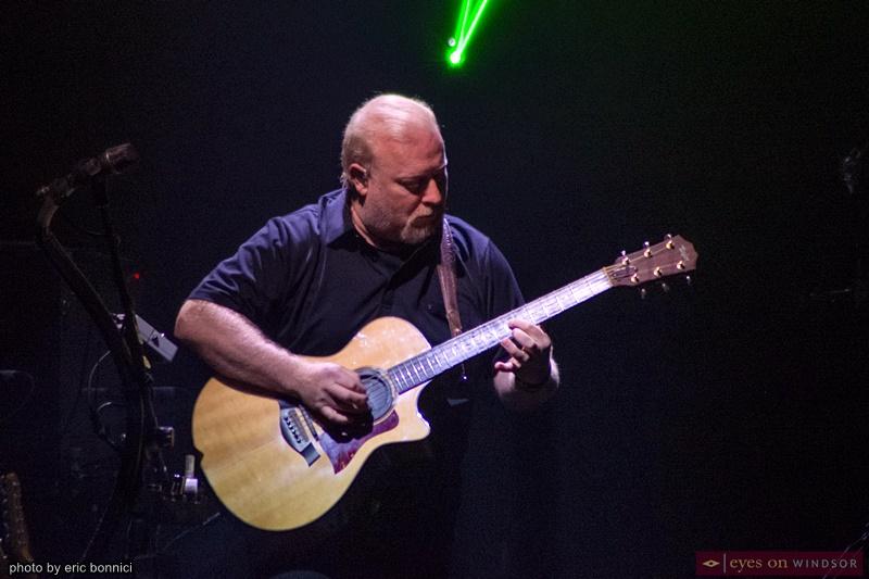 Australian Pink Floyd band member Steve Mac (Guitar / Vocals)