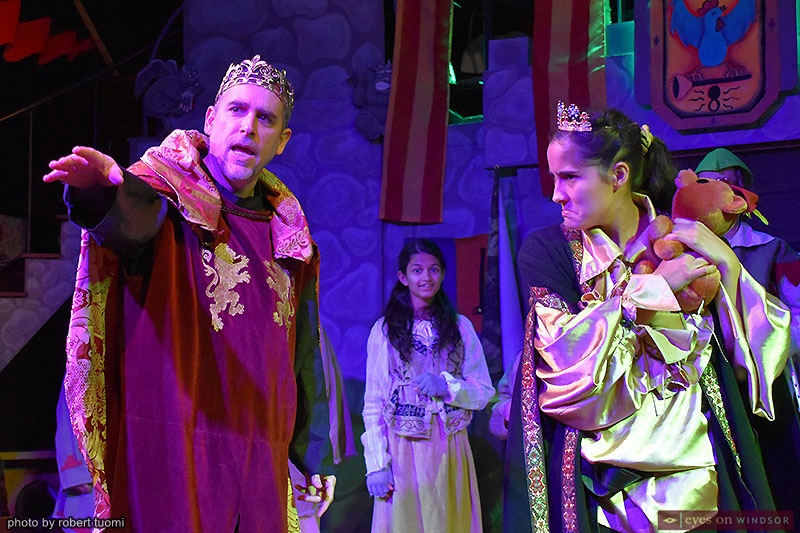 Korda Actors Actors David Lucier and Jennifer Desaulniers in Robin Hood Holiday Panto
