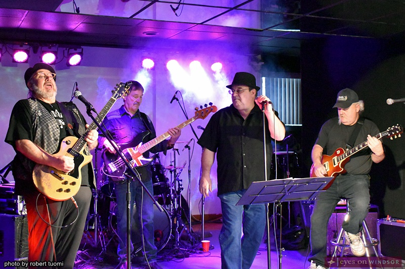 Max Apple band members Ron McMinn, Larry Poulin, Angelo Alfini and Dave Lambert