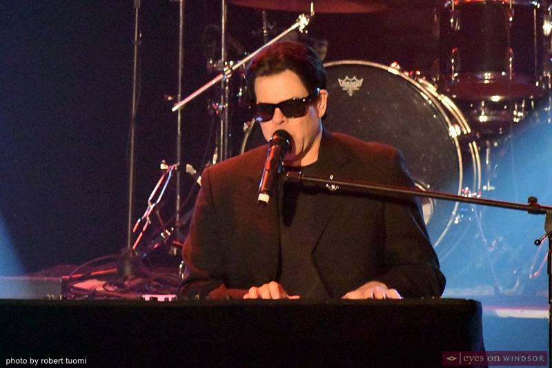 Bruce Tournay as Billy Joel in The Piano Men