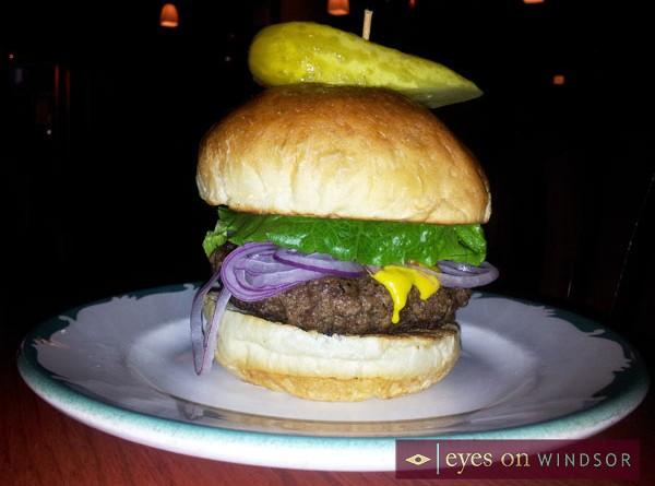 Walkerville Tavern Makes List of Best Burger Restaurants in Windsor