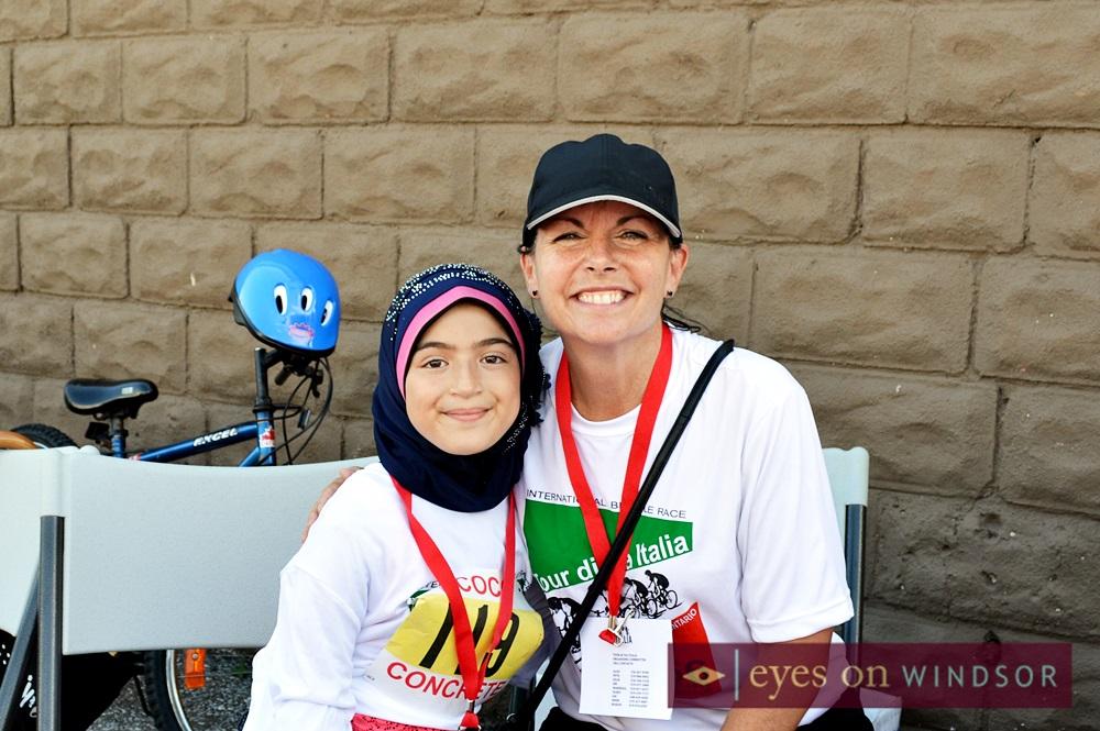 tour di via italia volunteer and cyclist racer