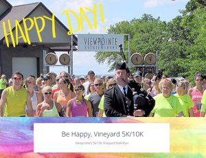 Runners at the starting line of Viewpointe Estate Winerie's Be Happy, Vineyard 5K/10K Walk/Run