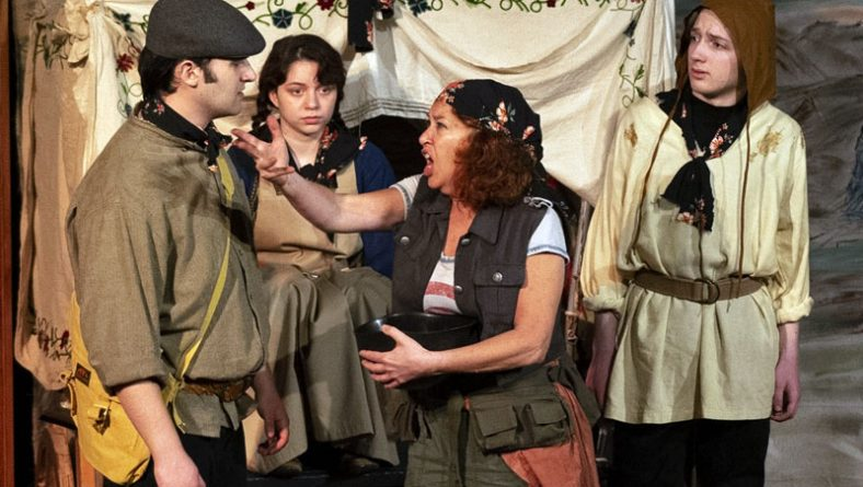 Korda's Mother Courage Presents Great Acting & Music To Downplay War