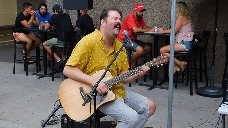 Dave Russell Among Musicians Returning to Windsor Patios, Pubs & Stages