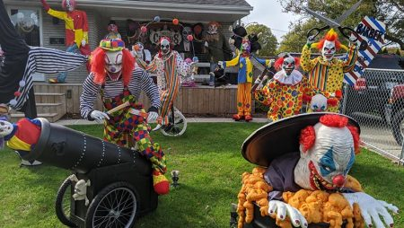 Windsor Does Halloween During A Pandemic With Yard Displays, Haunted Houses & Contests