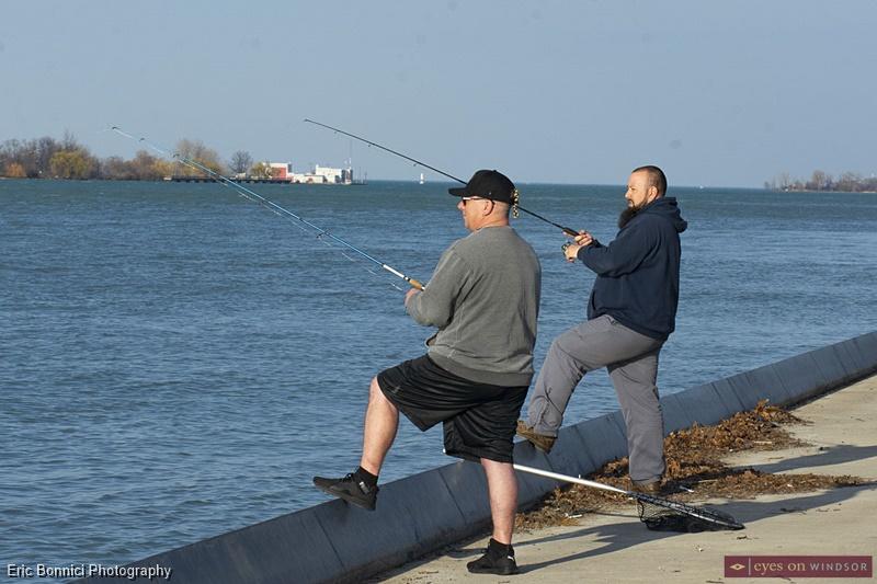 Fishing Shawn Barton and Rob Langbridge Detroit River