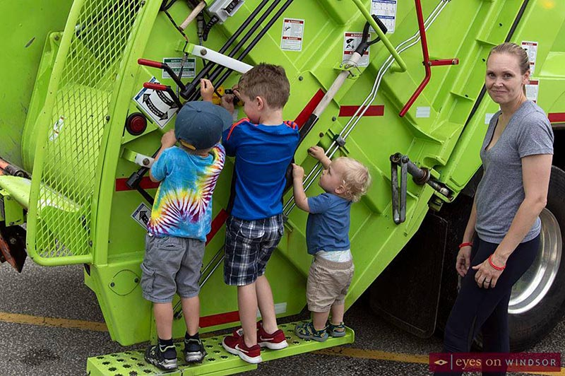 Meet A Machine Windsor GFL Garbage Truck